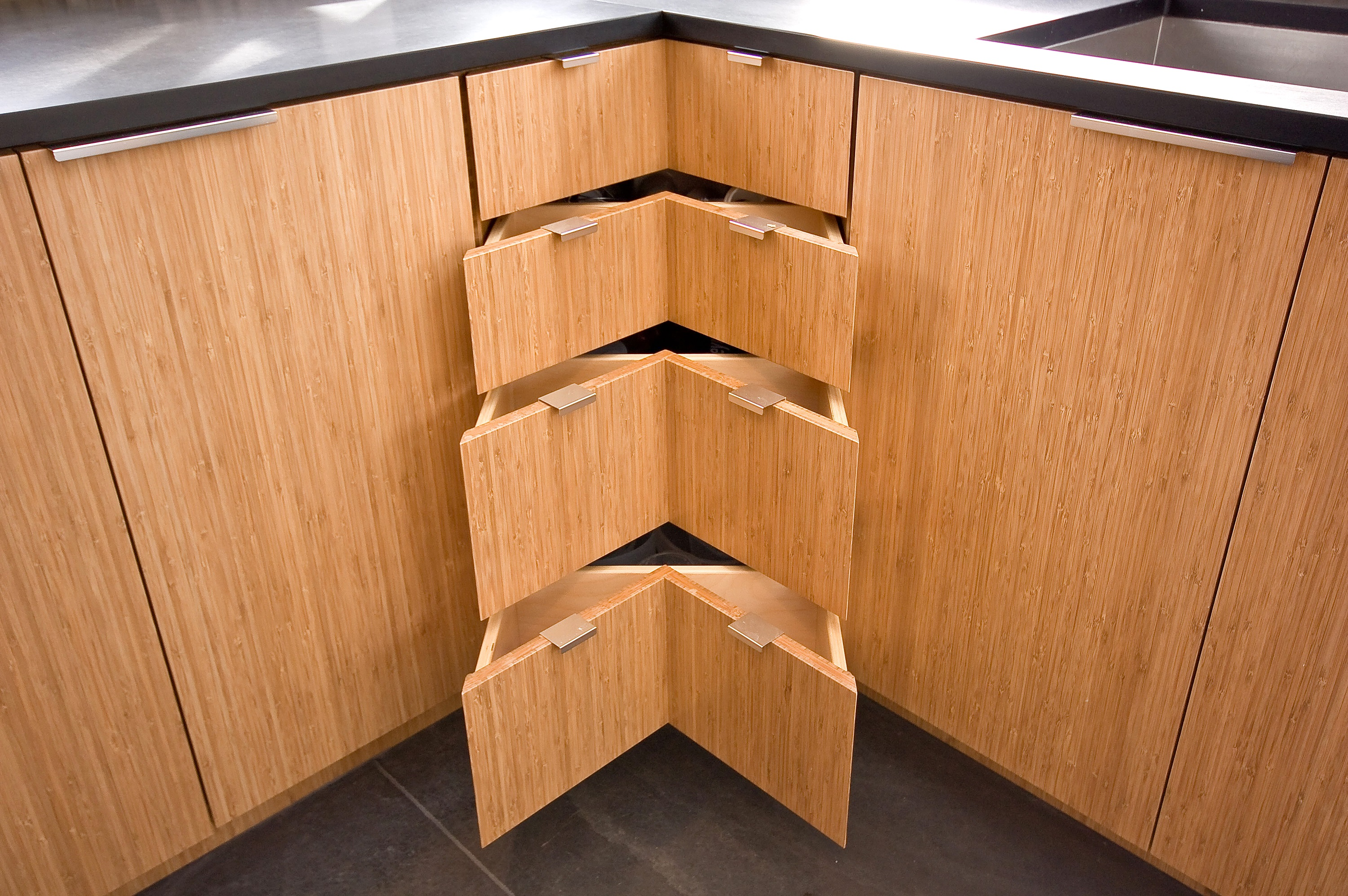 Bamboo-Natural-Shelves-Residential-Kitchen-Drawers