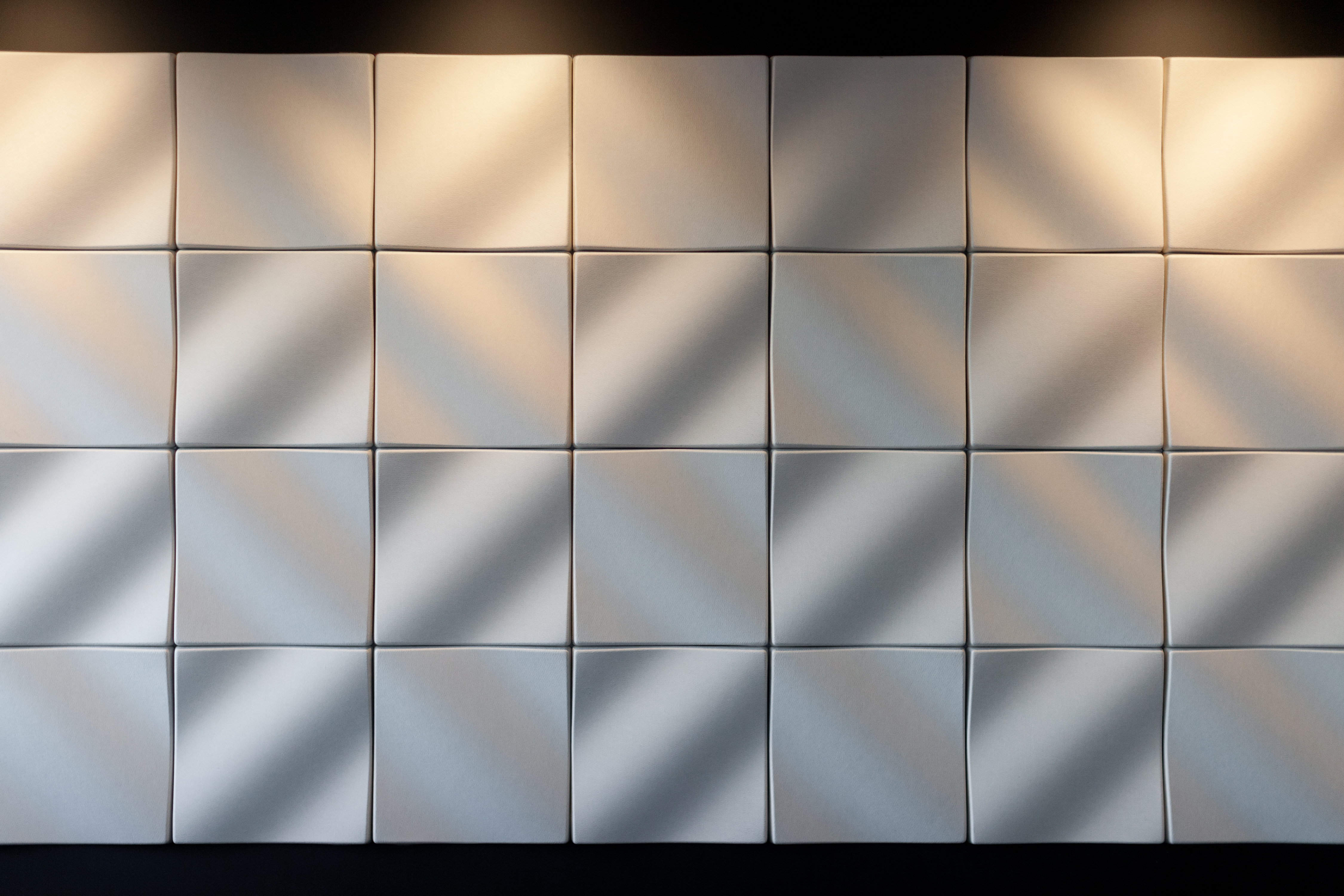 EP Dune 500 Wall install Woven Image 1