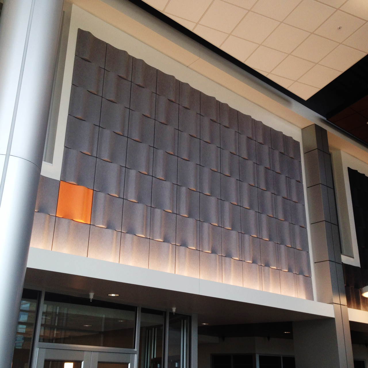 Ep-Wave-Tiles-402-151-Wall-Education-Hallway-Jackson-Community-College-2