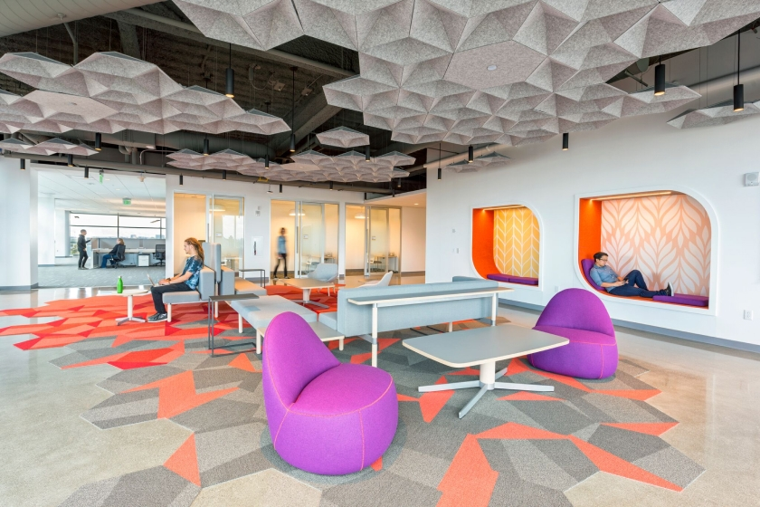 EchoStar acoustic dampening panels were strategically placed across the ceiling in this flex workspace