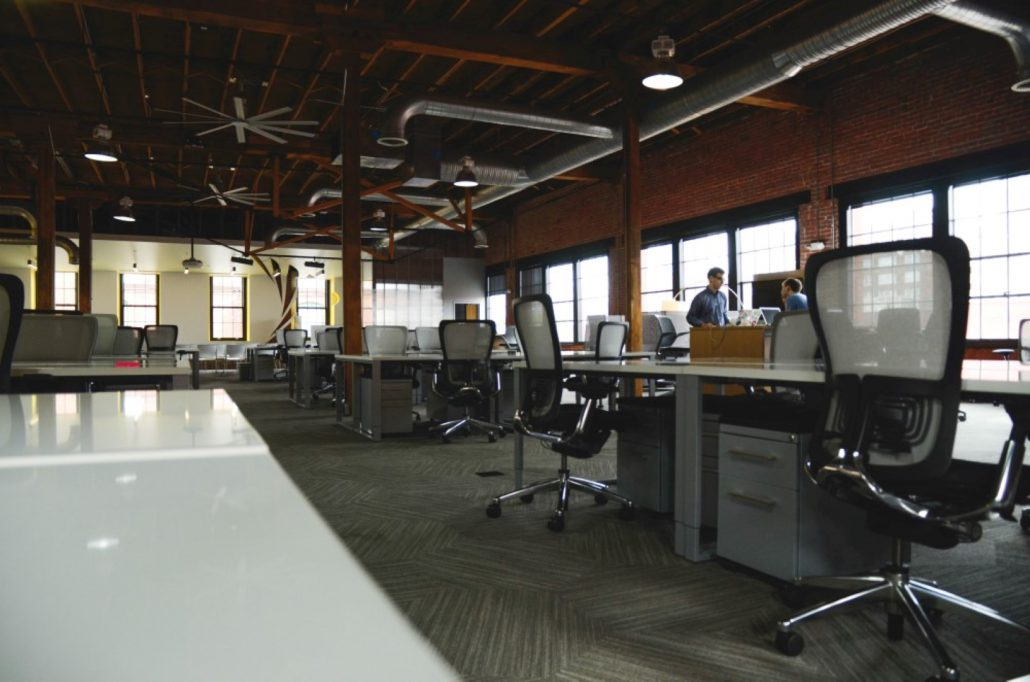 Space-Desk-Workspace-Coworking-1-1030X682